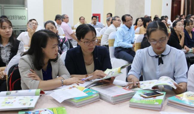 """Tiền Giang: Hơn 500 cán bộ, giáo viên tiếp cận bộ SGK lớp 1 """"Cánh Diều"""""""